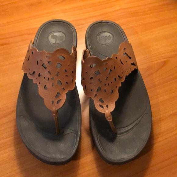 5e2cc998b8282 Fitflop Shoes - Fit Flop Flora Leather Toe-Post Sandals Size 11